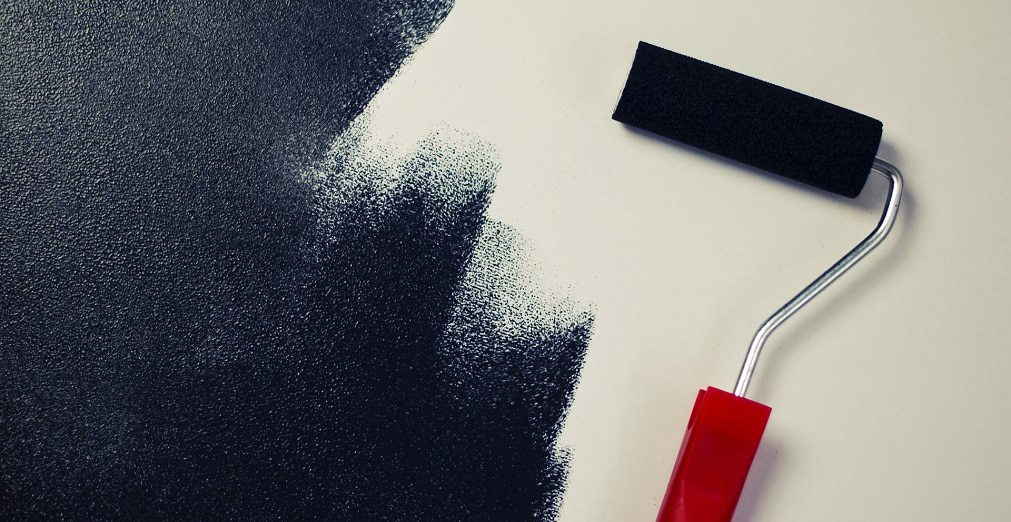 This blog post details different tips for painting your home in Evansville and has been prepared by the Evansville Homes team.